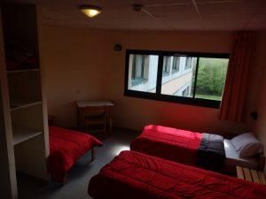 Voici une chambre pouvant accueillir 4 personnes
